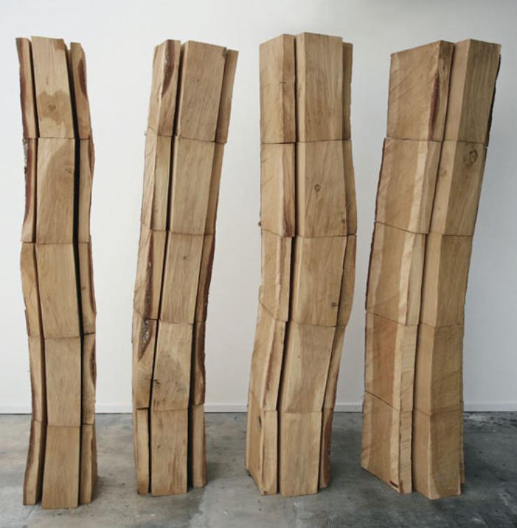 Chêne sans coeur, Oak Tree, 4x200x30x30cm, 2004