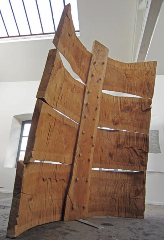 Grand dos, Cedar Tree, 253x190x60cm, 2001