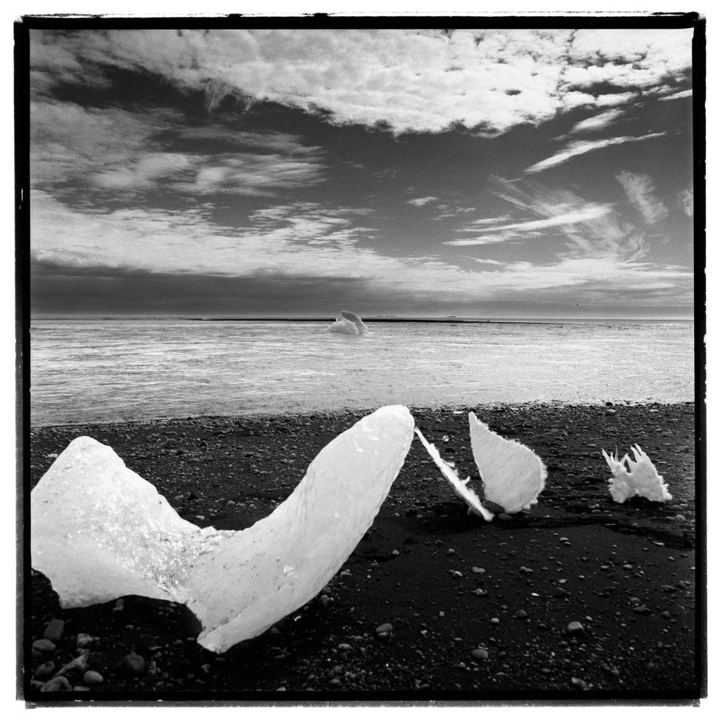 Photograph, Baryté Fine Art, Iceland, 2008, Edition 1/8, 40x40cm, 2'000.- CHF, 1x1m, 3'000.- CHF